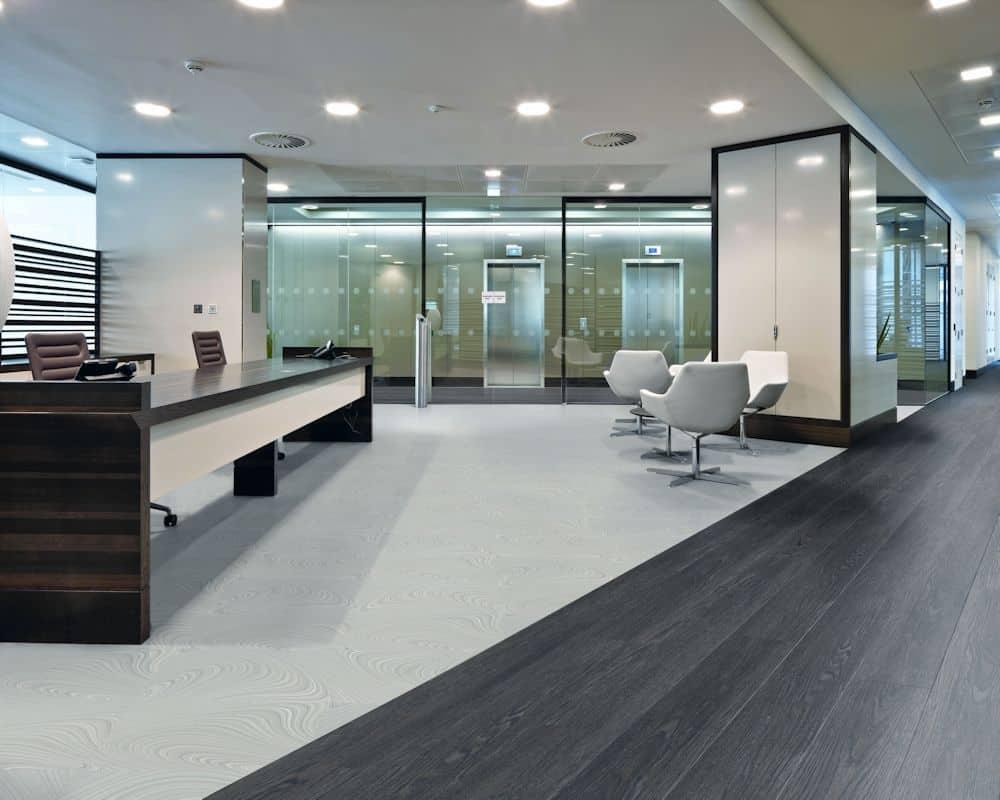 clean large office vinyl floor